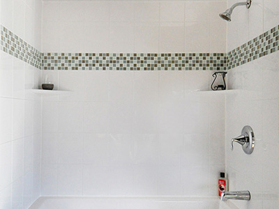 Tub & Shower Wall Surrounds